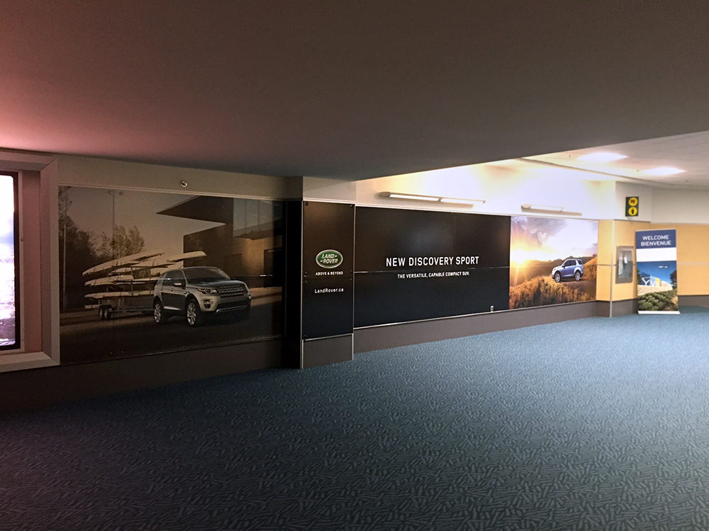 Clear Channel Land Rover Wall Graphics 2015
