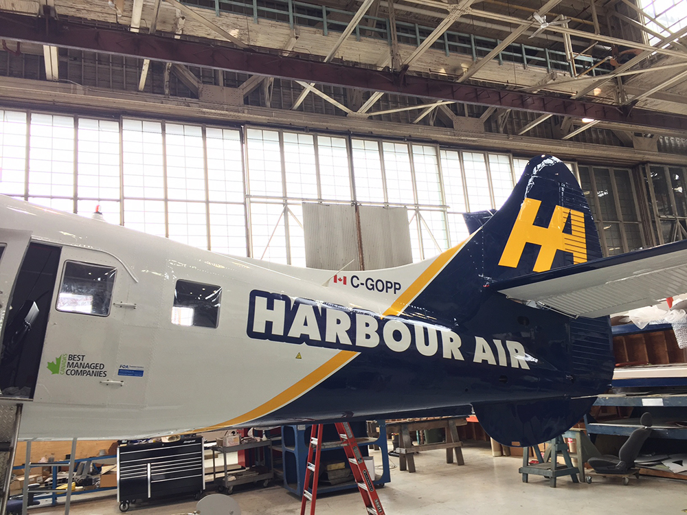 2016 Harbour Air Graphics