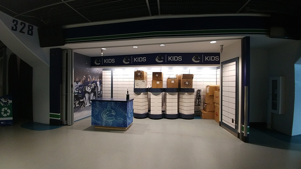 2017 Rogers Arena Canucks Store Wall Graphics