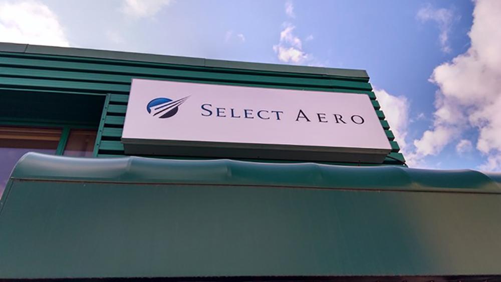 2017 Select Aero Storefront
